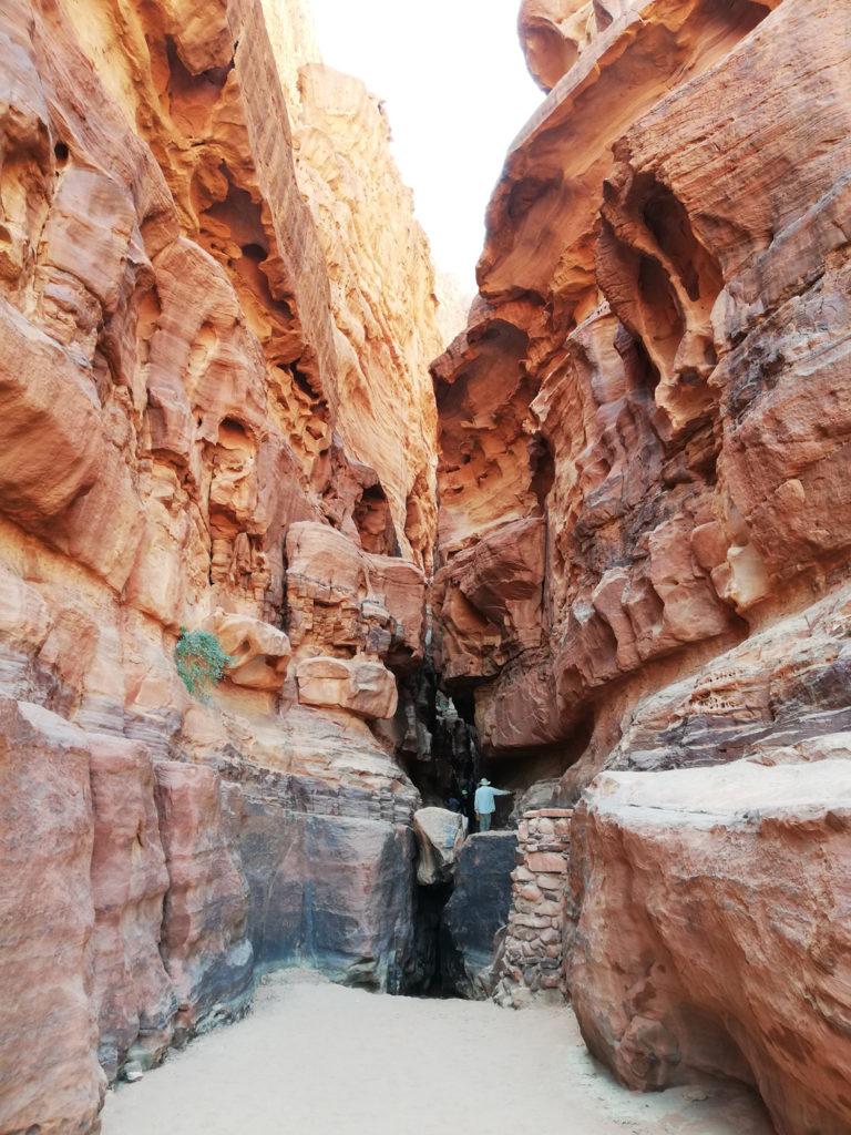 Khazali Canyon Wadi Rum - Atrakcje w Jordanii